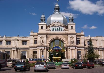 Прицеп для легкового автомобиля в Львове